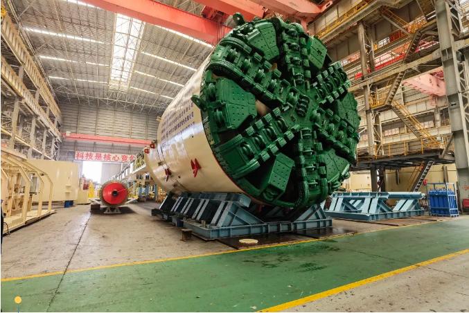 南京购,南京GO!绿地集团大基建成员企业江苏省建首台盾构机交付,全力加速地铁建设